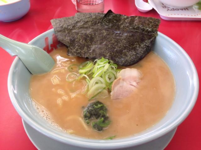 山岡屋 醤油ラーメン